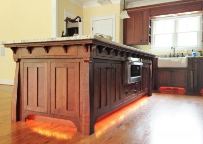 Stained cherry kitchen cabinetry. Art and Crafts style. - Augusta, GA
