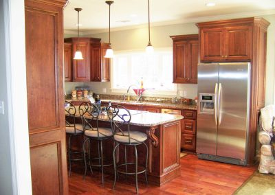 Stained cherry kitchen cabinetry - Clarksdale, MS